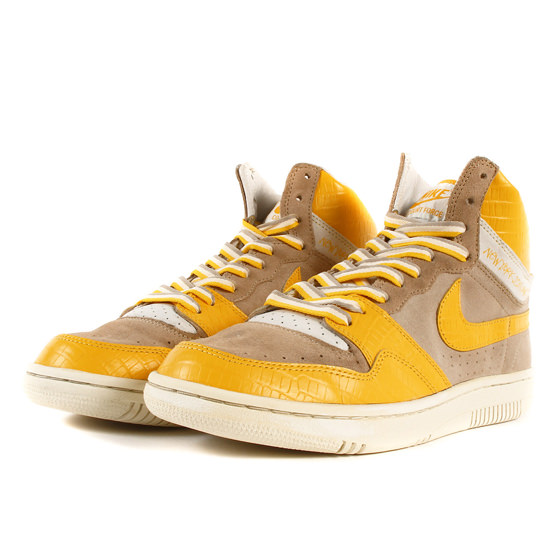 ×NIKE COURT FORCE HIGH (312270-271)